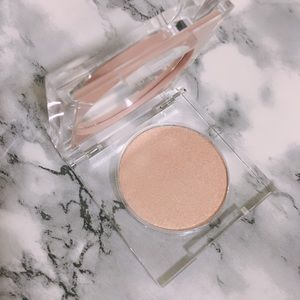 KKW Beauty Highlighter in Glitz & Glam SOLD OUT